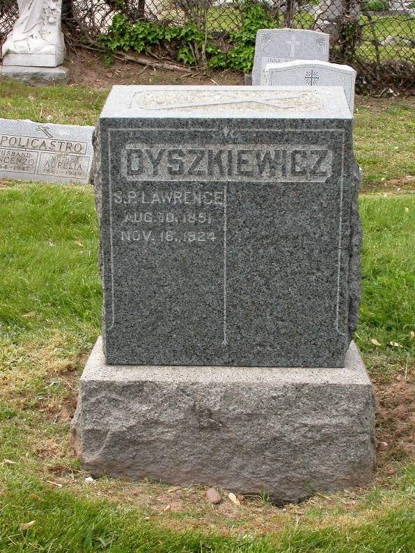 The Holy Sepulchre Cemetery Headstone of Lawrence and Marya Dyszkiewicz